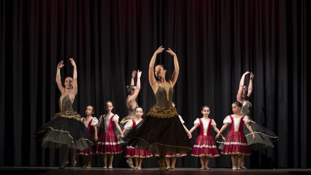 danzando-sognando-19@0.5x