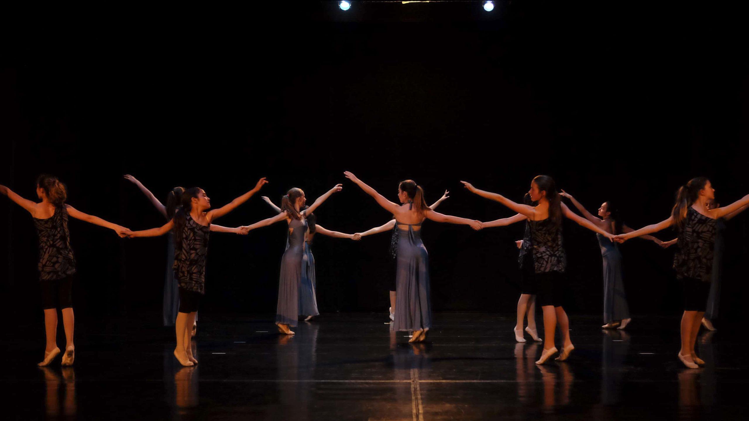 poetar-danzando-13@0.5x