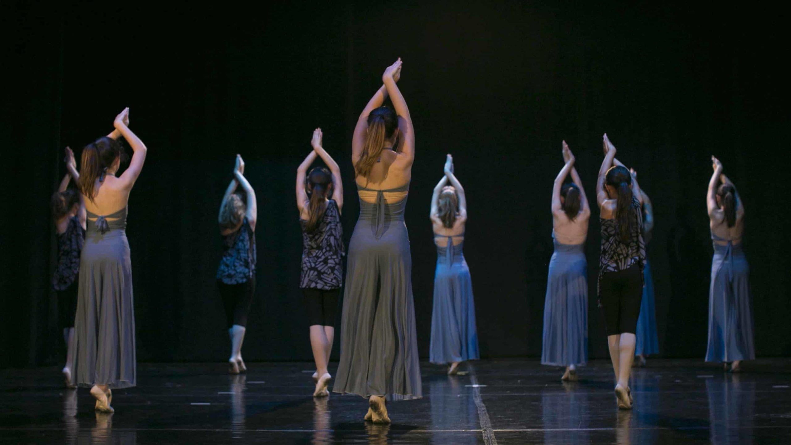 poetar-danzando-14@0.5x