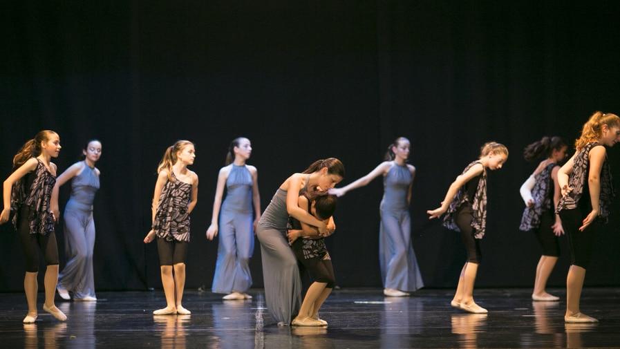 poetar-danzando-15@0.5x