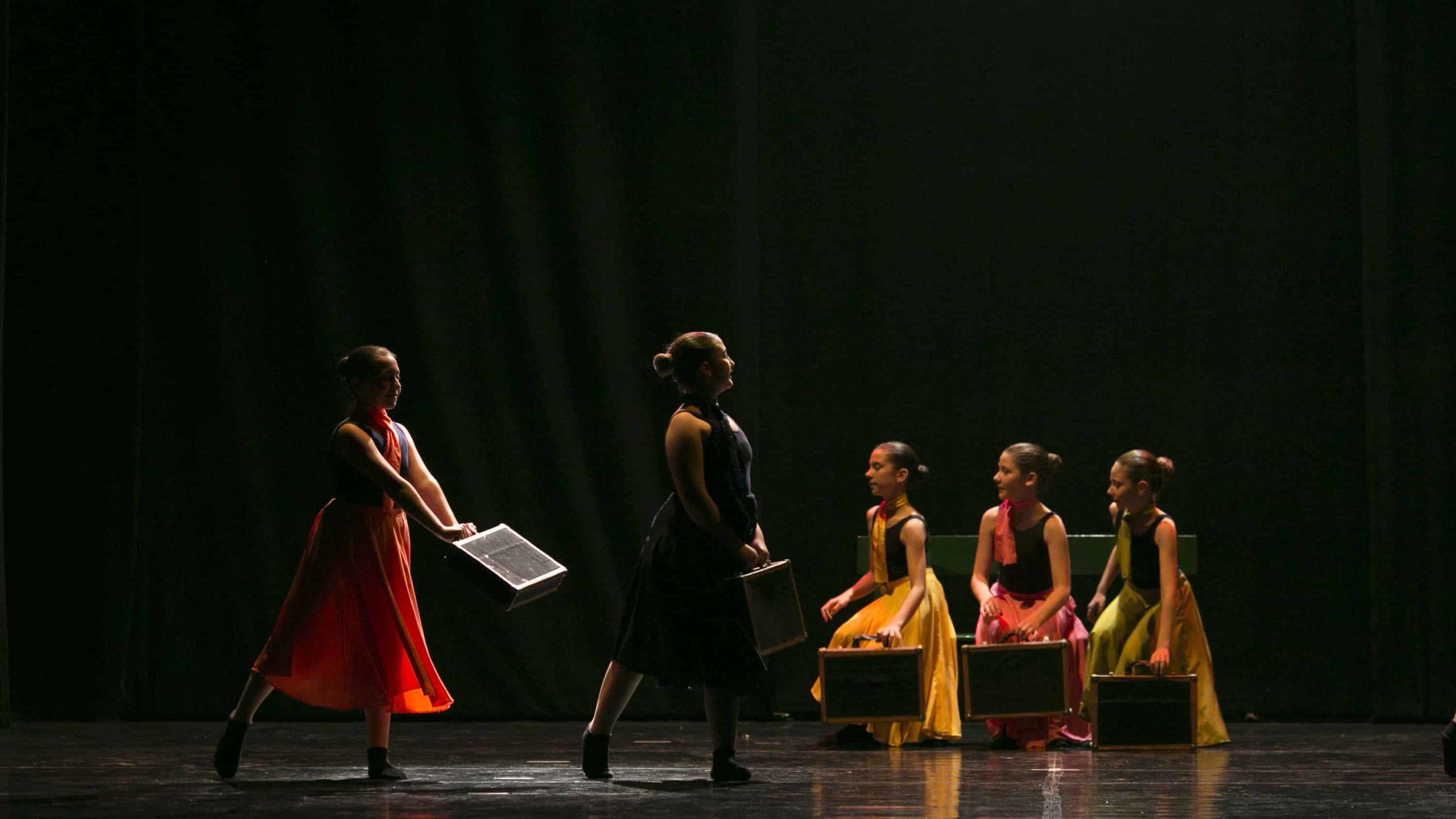 poetar-danzando-18@0.5x