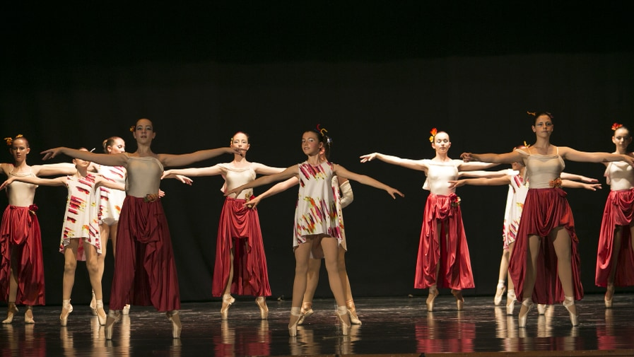 poetar-danzando-23@0.5x