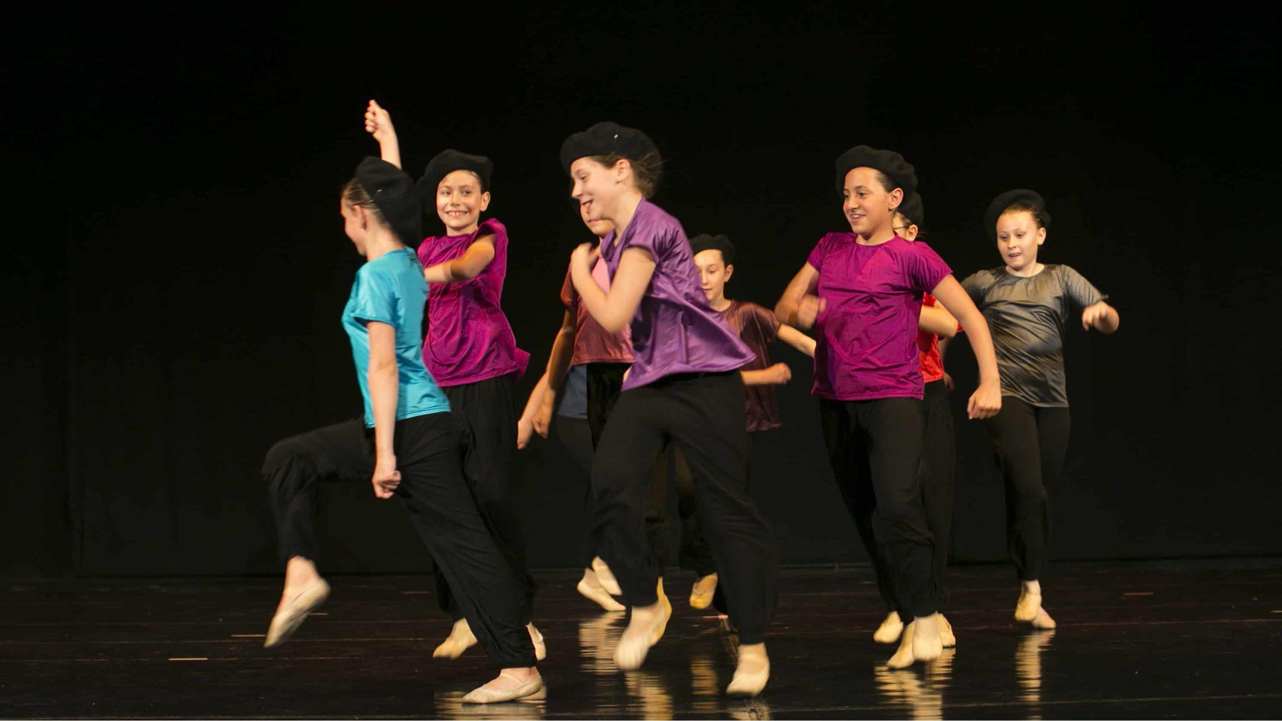 poetar-danzando-29@0.5x