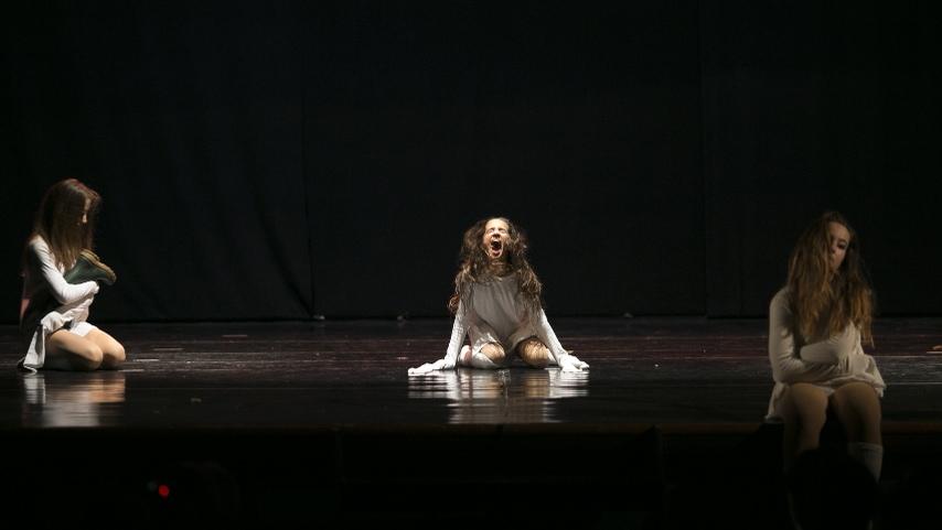 poetar-danzando-4@0.5x