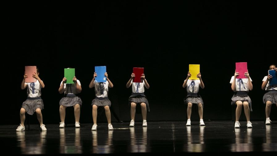 poetar-danzando-8@0.5x